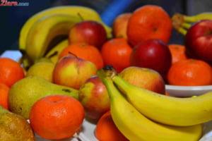 Parlamentul a adoptat legea prin care elevii primesc fructe si legume proaspete