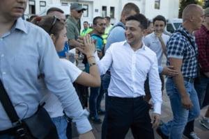 Partidul presedinteului-comediant a obtinut majoritatea absoluta in Parlament, cu un scor record in istoria Ucrainei
