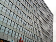 Patronul City Mall sfideaza falimentul, investind in apartamente de lux