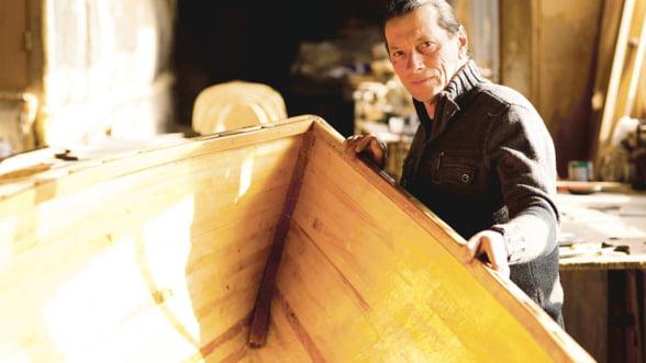 """Patzaichin le aduce satenilor din Delta """"barca la poarta"""" pentru a face ecoturism"""