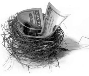 Pensionarii ilegali mananca 100 de milioane lunar, din bugetul de stat