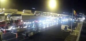 """Persoanele ajunse la frontiera de vest din """"zone rosii"""", escortate de politisti si jandarmi la centrele de carantina"""