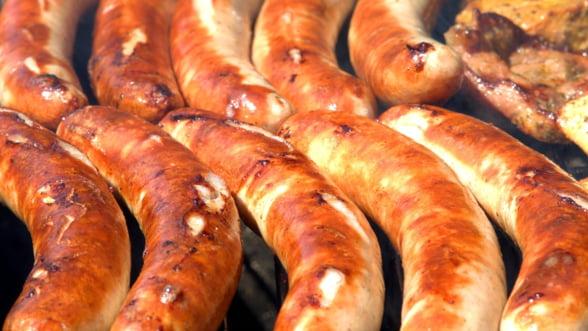Pesta porcina din China majoreaza pretul carnatilor in Germania