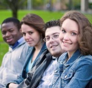Peste 1.000 de elevi si studenti vor lua lectii de la directorii companiilor multinationale