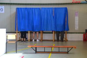 Peste 1.000 de presedinti de sectii de votare s-au retras inainte de referendum. Iata de ce