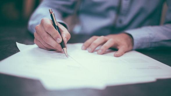 Peste 1,03 milioane de contracte de munca au fost suspendate de la declararea starii de urgenta