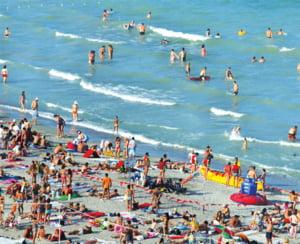 Peste 120.000 turisti sunt inregistrati sambata pe litoralul romanesc