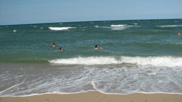 Peste 30.000 de turisti sunt asteptati pe litoral in minivacanta de 1 mai