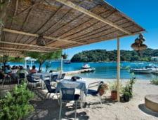 Peste 80% evaziune fiscala in marile statiuni din Grecia