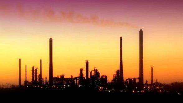 Petrom: Romania isi poate reduce dependenta energetica prin investitii anuale in titei si gaze