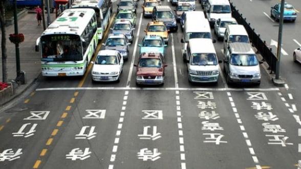 Piata auto de lux din China scade din cauza cumpatarii impuse de stat angajatilor publici