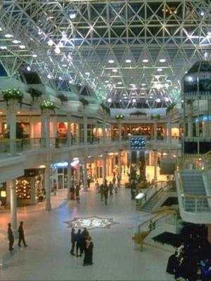 Piata romaneasca de retail va resimti efectele crizei economice in 2009