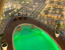 Piscina Torch Doha Hotel