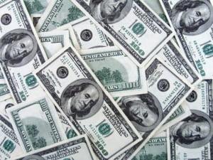 Planul Fed de 600 mld de dolari nu ajuta Europa emergenta