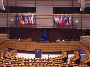 Planul lui Juncker privind Europa cu doua viteze: Europarlamentarii romani spun ca ar putea sa distruga UE si fac apel la Iohannis