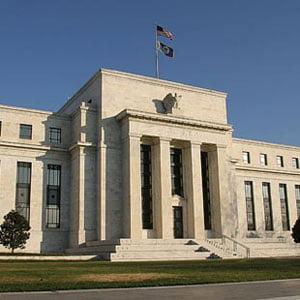 Planuri de salvare ale economiilor sau ale guvernelor statelor supra indatorate ?