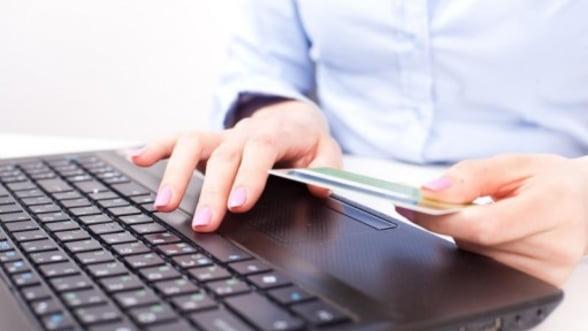 Platile online cu cardul au fost in 2013 de circa un miliard de euro