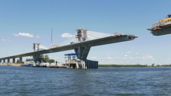 Podurile de cale ferata de peste Dunare vor fi reabilitate. Care sunt costurile