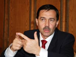 Pogea cere revocarea presedintelui Comisiei Nationale de Investitii