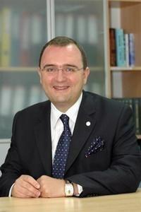 Politia a descins acasa la celebrul avocat Doru Bostina (surse)