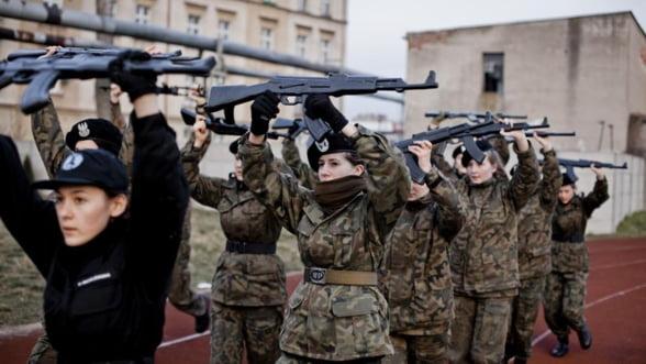 Polonia, gata pentru ce-i mai rau. 100 de grupari paramilitare se pregatesc de razboi