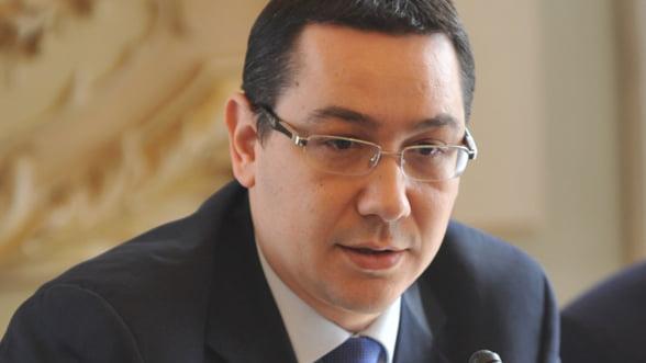 Ponta: Fenechiu raspunde politic de neindeplinirea obiectivelor privind POS Transport si CFR Marfa