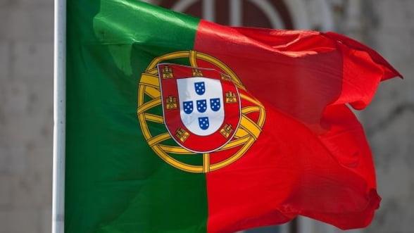 Portugalia amana tinta pentru reducerea deficitului bugetar