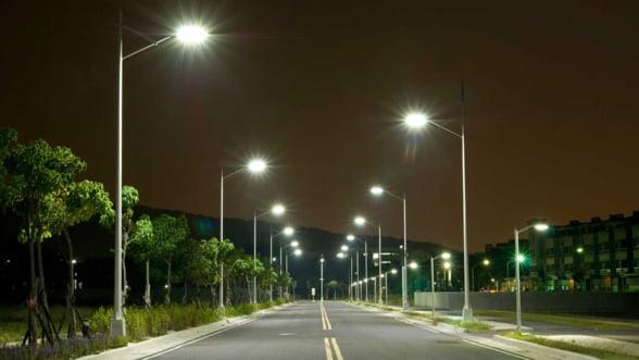 Poti trai in siguranta si economisi bani la factura energiei electrice prin intermediul sistemelor de iluminat stradal. Iata cum!