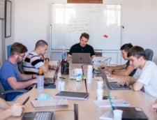Povestea fabuloasa a unui tanar din Cluj, fost angajat al Facebook si Google, care i-a invatat programare pe zeci de mii de romani