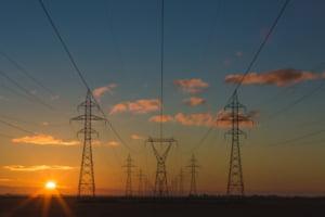 Preţurile europene la gaze şi electricitate au atins noi recorduri pe fondul crizei energetice