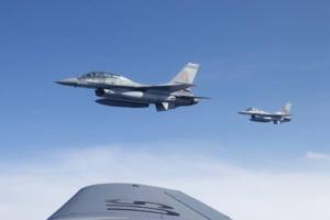 Premiera in Romania: Misiune de realimentare in aer a avioanelor F16 (Galerie foto&Video)