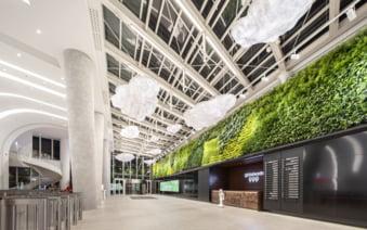 Premiera mondiala: Energie generata de pasii vizitatorilor, intr-un turn din nordul Bucurestiului