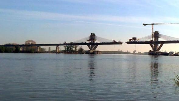 Premierii Romaniei si Bulgariei traverseaza, miercuri, podul Calafat-Vidin