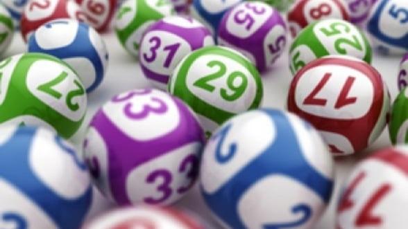 Premiu record la loto in SUA: 640 milioane de dolari au fost castigati