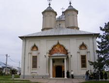 Preotul Manastirii Pasarea a fost jefuit de cei 344.000 de lei, pe care ii tinea in casa
