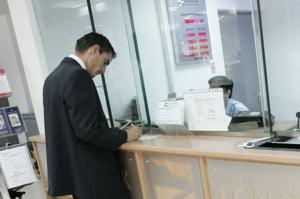 Presedinte FNGCIMM: bancile cauta sa transfere riscul catre clienti