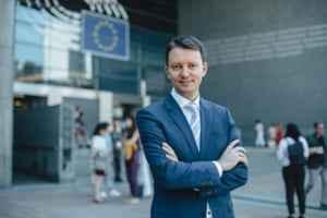 Prestatia lui Teodorovici la sefia ECOFIN a inceput cu un rateu: N-a spus nimic clar si a generat confuzie totala