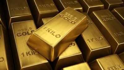 Pretul aurului a ajuns la minimul ultimilor trei ani