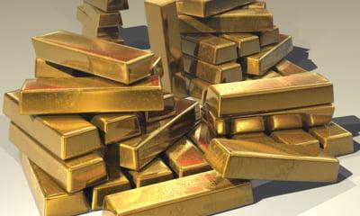 Pretul aurului creste pe fondul scaderii burselor