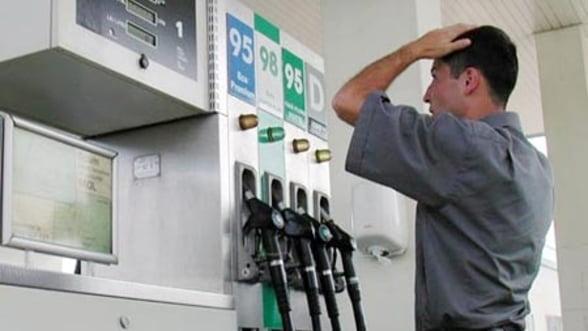Pretul benzinei: Pe cine ustura, de fapt, amenzile date benzinarilor?