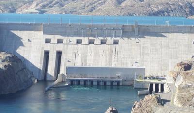 """Borza aduce la Hidroelectrica pe unul dintre """"baietii destepti"""""""