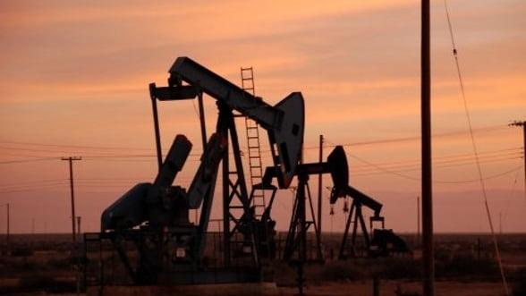 Pretul petrolului creste, influentat de optimismul privind negocierile din Grecia
