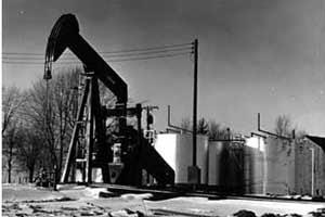 Pretul petrolului creste aproape de record din cauza situatiei din Nigeria si a comentariilor OPEC