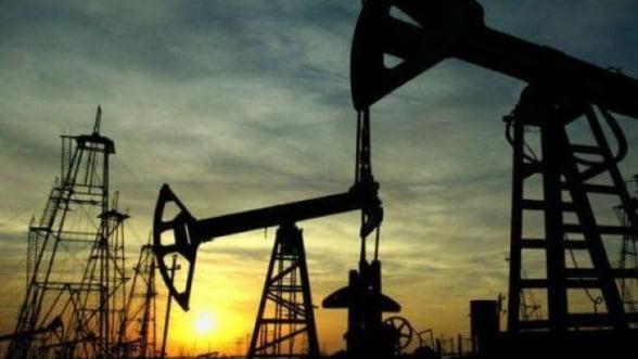 Pretul petrolului creste usor, dupa ce rata somajului din SUA scade