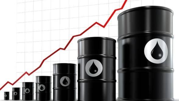 Pretul petrolului depaseste 123 de dolari/baril
