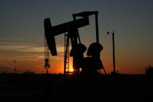 Pretul petrolului e la maximul ultimii doi ani