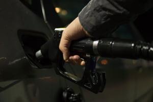 Preturile petrolului au scazut marti cu peste 6%, din cauza temerilor privind pandemia de coronavirus
