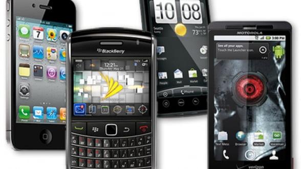 Previziuni Deloitte: Vanzarile de smartphone-uri ating un miliard in 2013