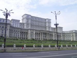 Prigoana vrea sa inchirieze Casa Poporului cu 300 mil euro/an