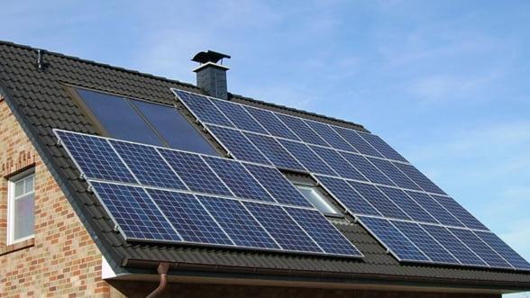 Prima casa solara 100% romaneasca, scoasa la licitatie joi